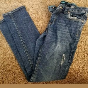 Girls size 10 Levi medium wash jeans distressed